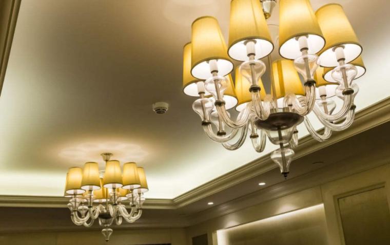 拆除安装灯具施工方法