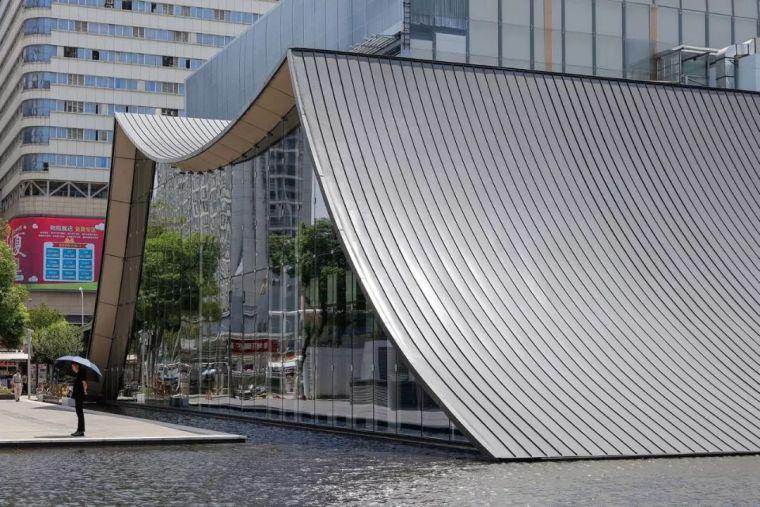 vip室3d模型资料下载-这个大尺度售楼处,用素雅设计创造宜人的空间
