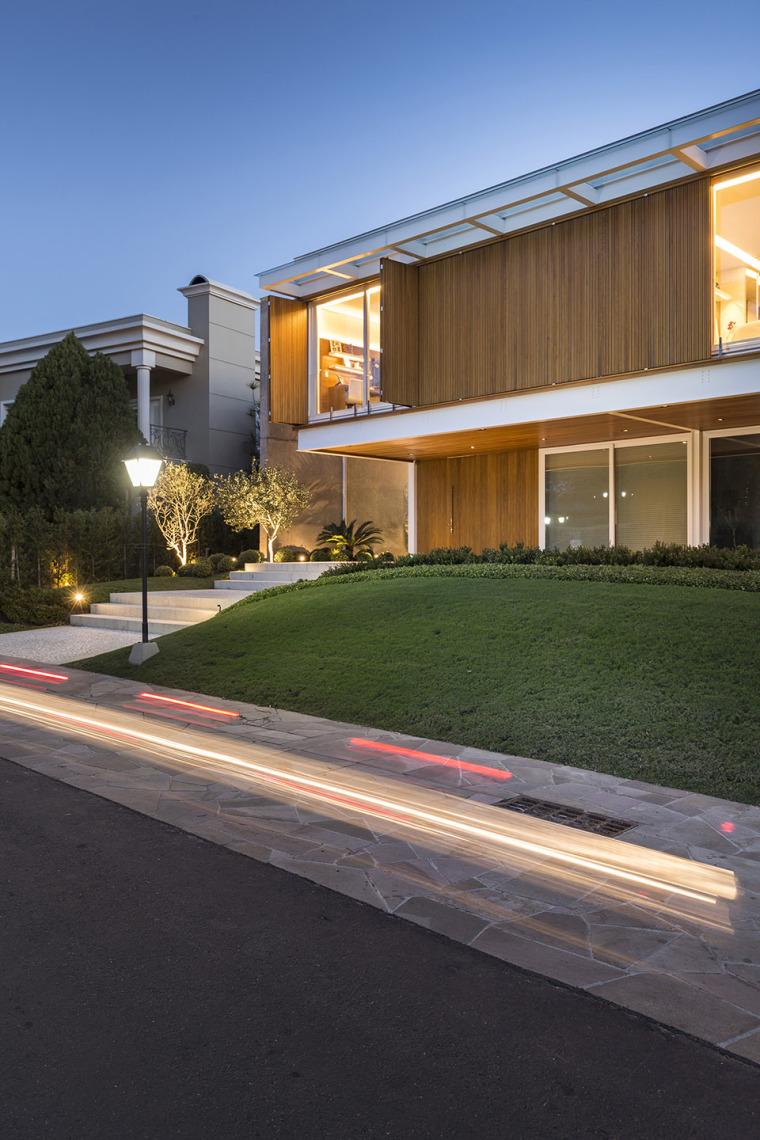 结构与空间融合的JardimdoSol住宅-20