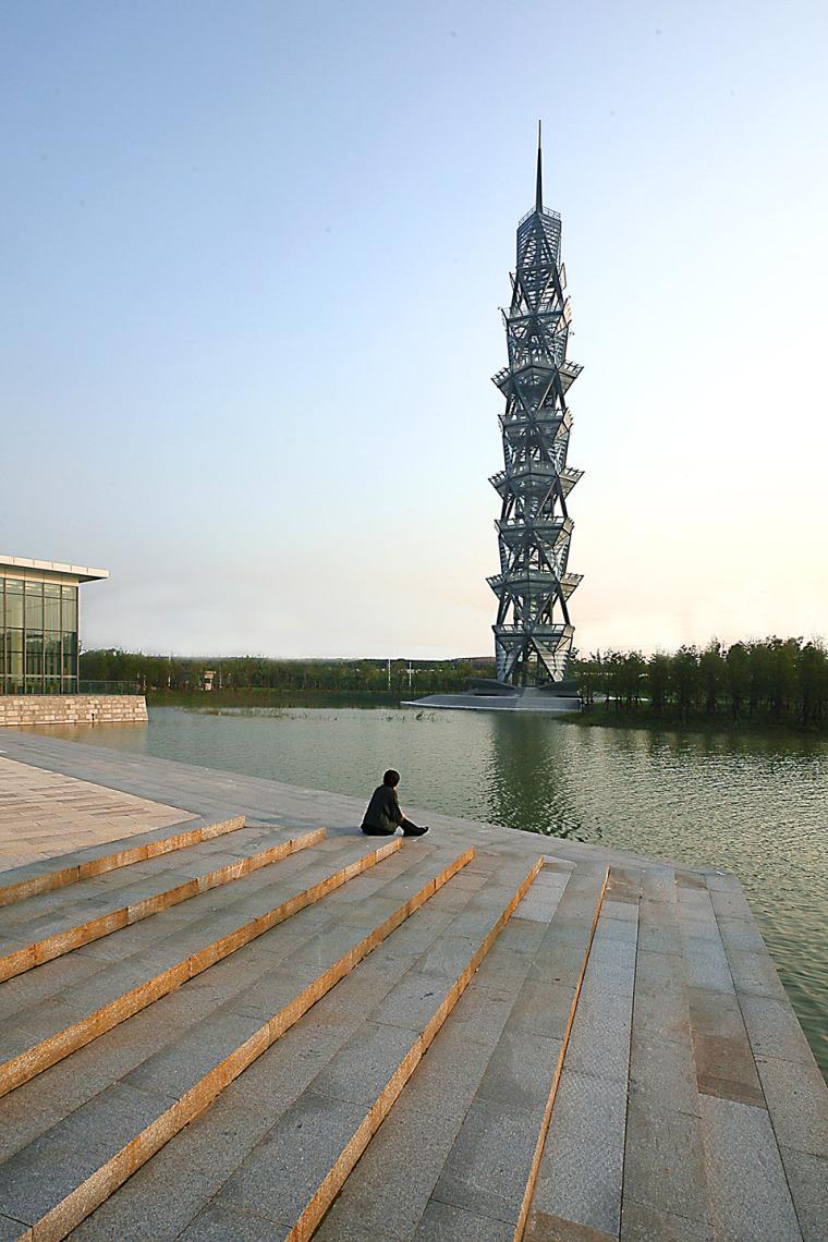科技大学景观塔外部实景图 (2)