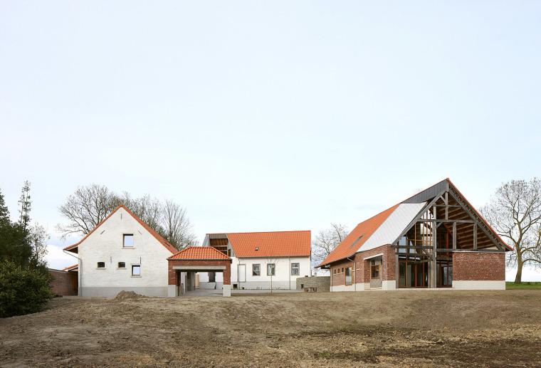 比利时农场改造住宅建筑