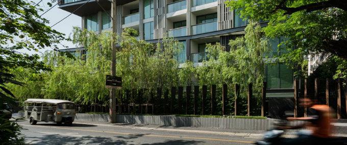 VIA49大楼公共景观——有趣的栅栏-20140904_094431_002.jpg