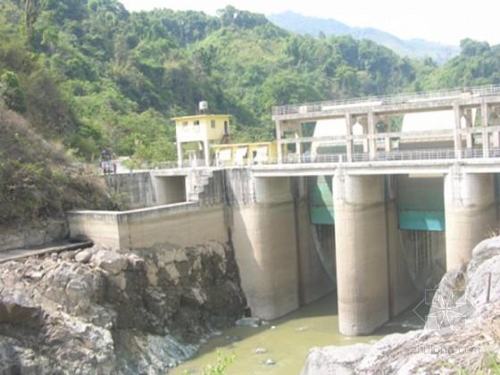 [云南]二级水电站排污道基坑及边坡爆破开挖施工方案