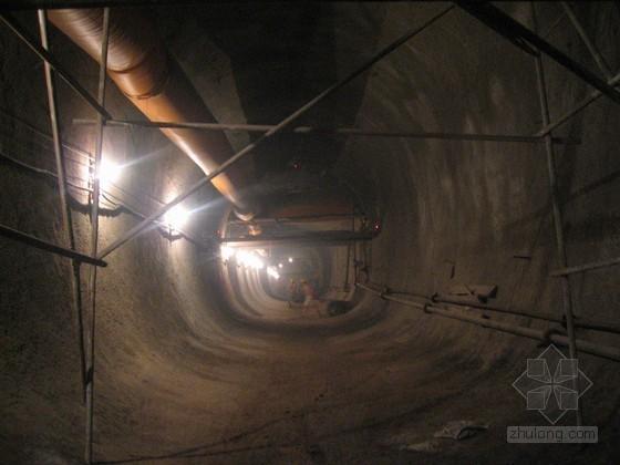 [QC]严控施工操作工艺确保隧道开挖及初期支护质量