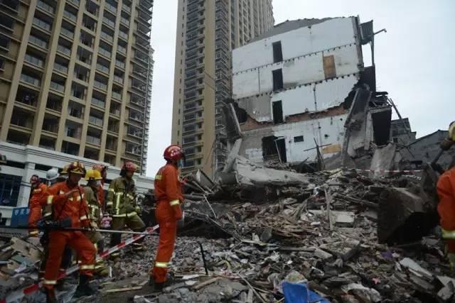 老旧民房坍塌不鲜见,浙江危房如何治理改造?
