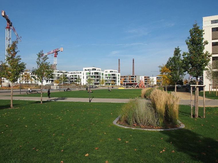 德国埃森大学公园景观设计_15