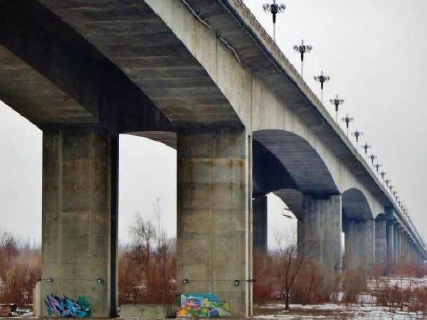 混凝土桥梁检测与加固技术的应用