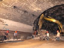 隧道常见病害及维修养护ppt(37页)
