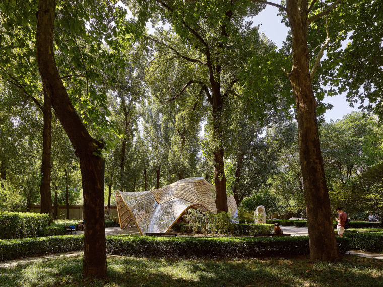 北京林业大学花园节信息亭-002-swirling-cloud-bulletin-pavilion-for-bjfu-garden-festival-by-sup-atelier