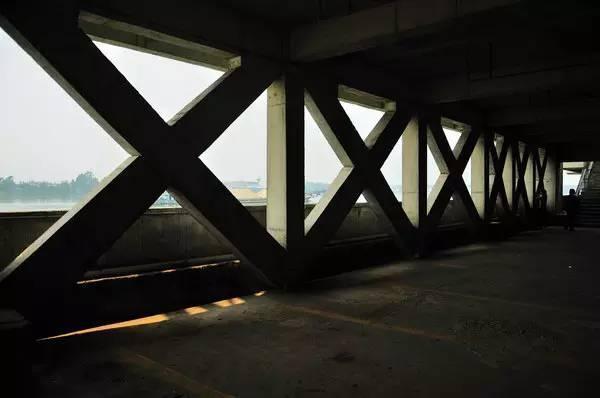 从建筑设计的角度来看,广州值得逛的旅游路线有哪些?_25