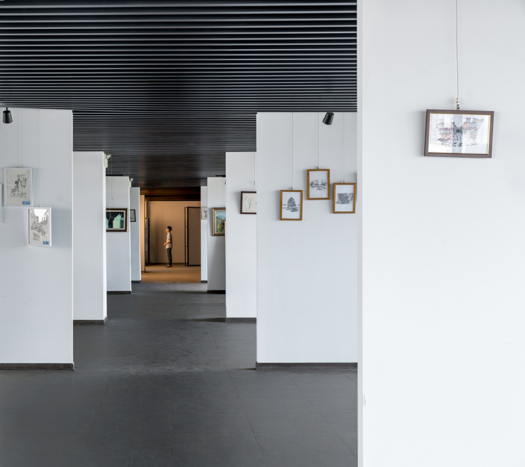 安徽大学艺术与传媒学院美术楼-17