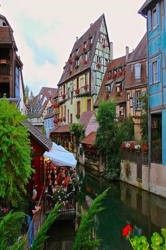 世界上最美的7个鲜花小镇子,这辈子一定要去一次!_11