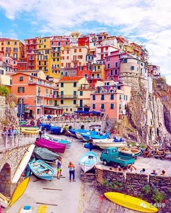 世界上最美的小镇,每走一步都是风景_11