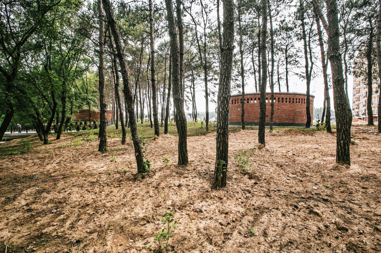 湖北澴河环厕建筑-3