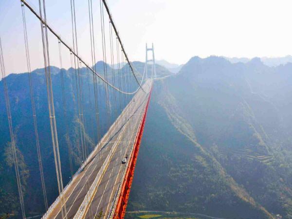 """未来交通""""黑科技"""":万米悬索桥或改变世界格局"""