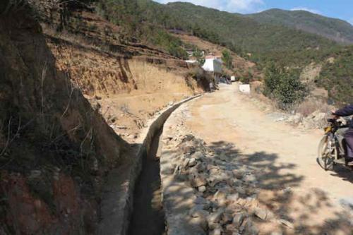 [海南]东方市东河镇镇区排水沟工程施工组织方案
