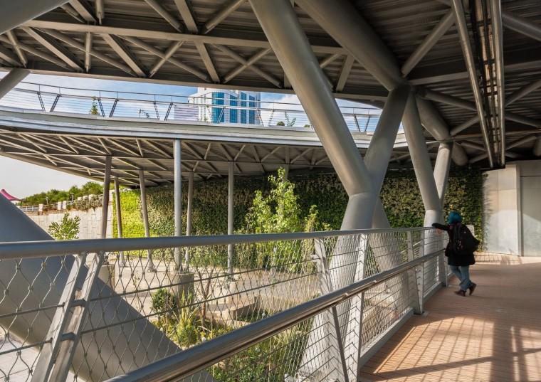 伊朗塔比阿特步行桥-5