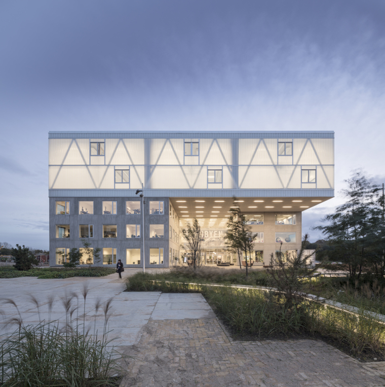 丹麦校园综合体建筑