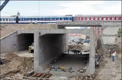 桥涵接长与顶进施工技术(中铁)