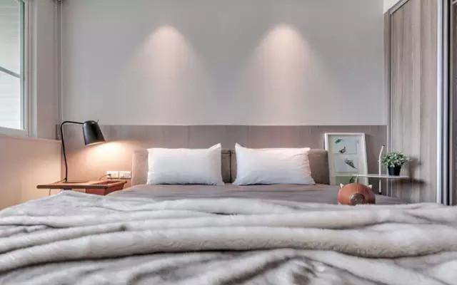 床头灯的搭配艺术,让你的房间化身设计师旅店!_13