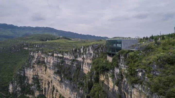 中国第一个百米崖壁上的美术馆!_10