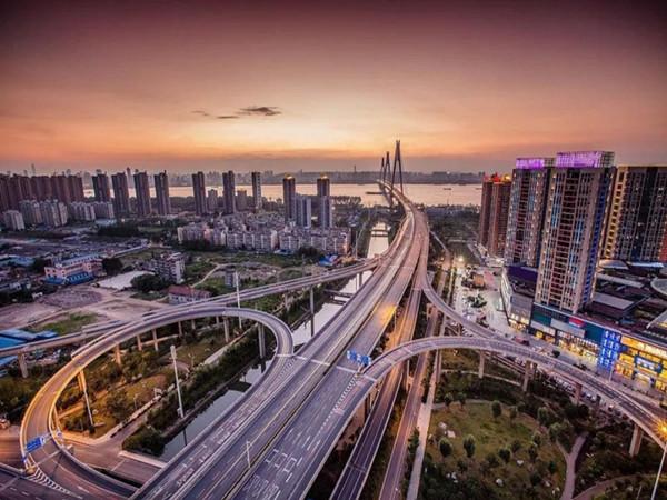 路桥施工项目设备标准化管理制度