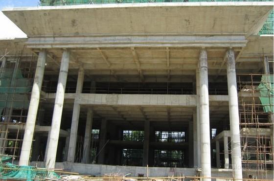 大跨度、大截面高位钢筋混凝土梁施工工法