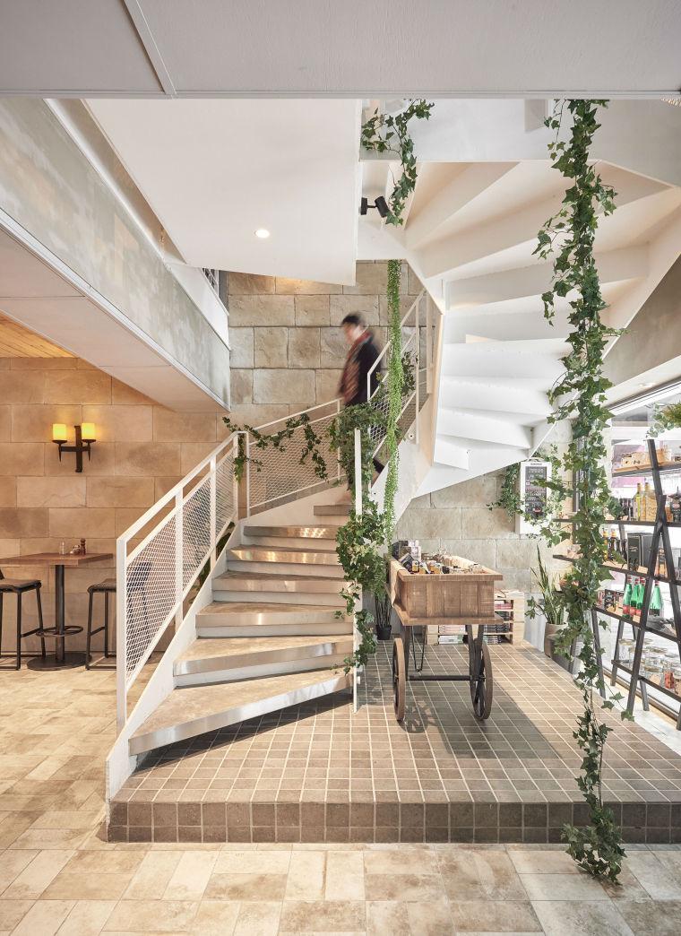 台北薄多義休闲餐厅-12