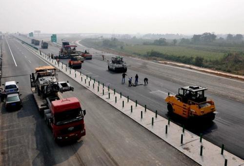 公路沥青混凝土路面病害原因分析及防治措施