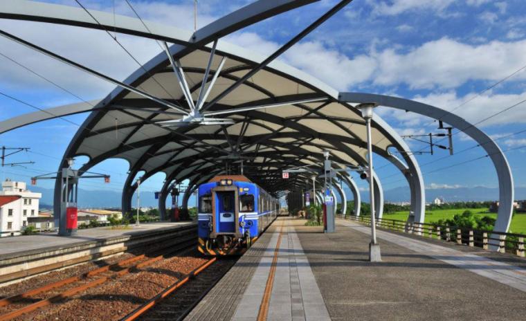 客运专线铁路电气化接触网技术标准与施工方法