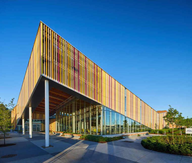 加拿大Albion图书馆-1