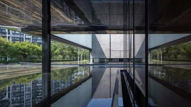深圳湾超级总部基地首开项目与总体规划的展厅_7