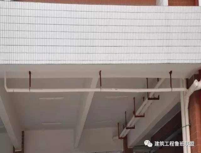 关于管道支吊架的安装间距,规范上如何规定?