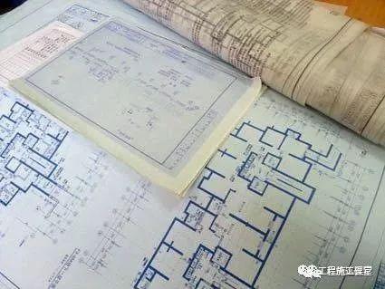 为什么工程图纸都是蓝色的?为什么不是白色黄色红色而是蓝色?