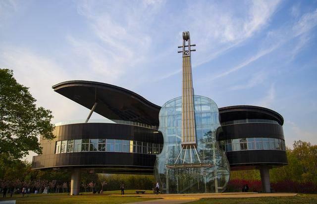 中国十大现代建筑,让你耳目一新!