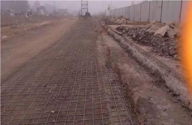 市政道路工程质量通病防治手册_5