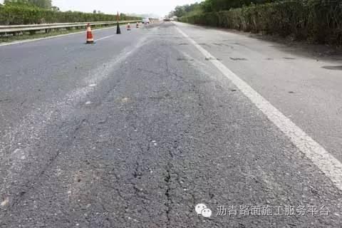 沥青路面水损害原因分析及预防措施