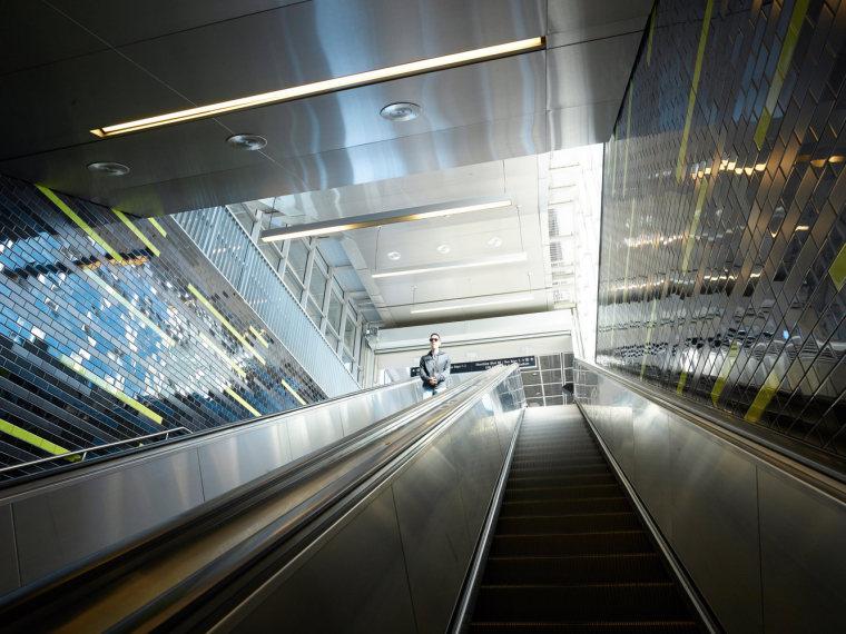 美国华盛顿大学轻轨站-13