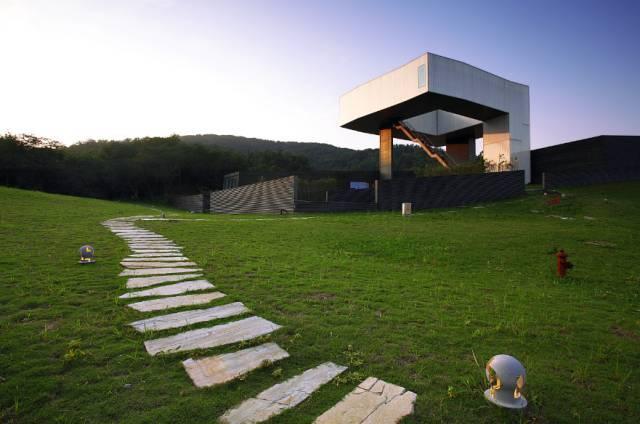 24位世界建筑大师集体操刀的艺术区,你确定不想来住一次?