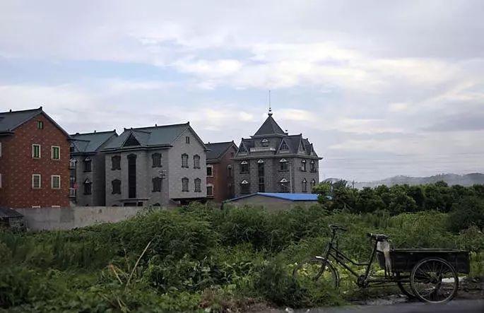 没钱买房,魔都小夫妻把乡下农民房改成了童话小屋_4