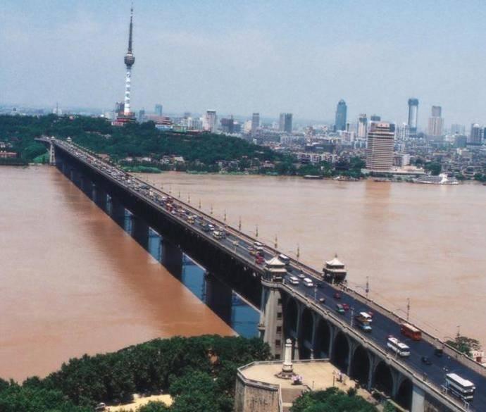长江大桥双层钢桁梁桥工程施工讲义(ppt,66页)