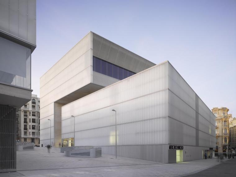 西班牙Barceló图书馆及运动馆_6