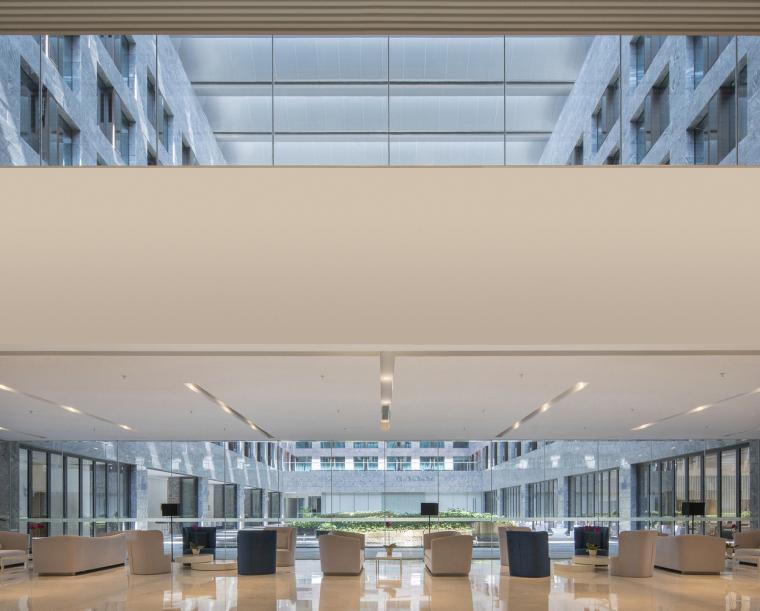 凤凰国际机场停车楼综合体-12