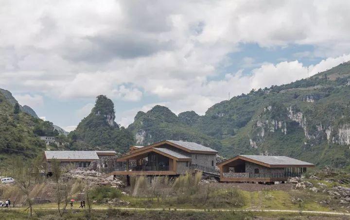 中国第一个百米崖壁上的美术馆!_25