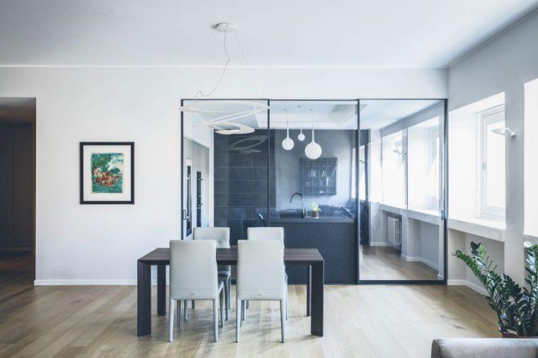 米兰:简洁淡雅的现代公寓_9