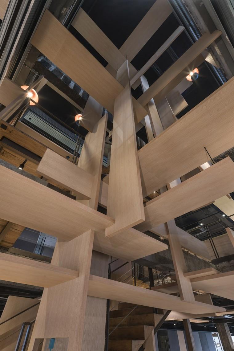 """木板的灵感,解密上海的""""树""""下空间办公室"""