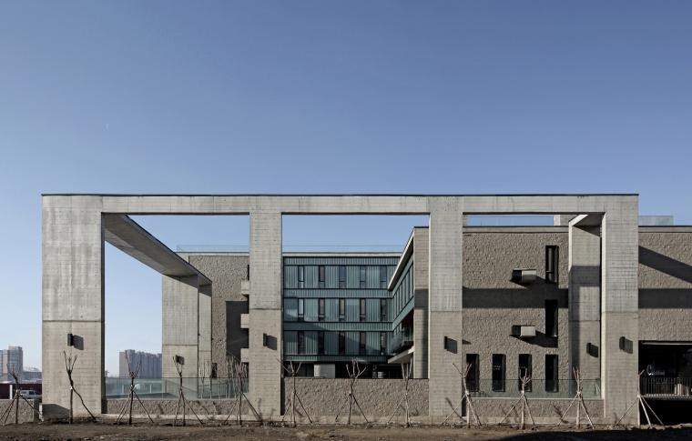 内蒙古工大办公楼