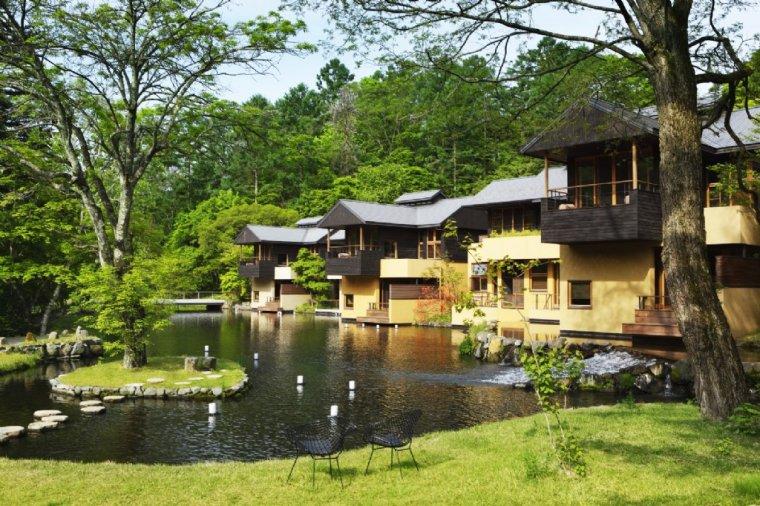 日本轻井泽虹夕诺雅酒店景观