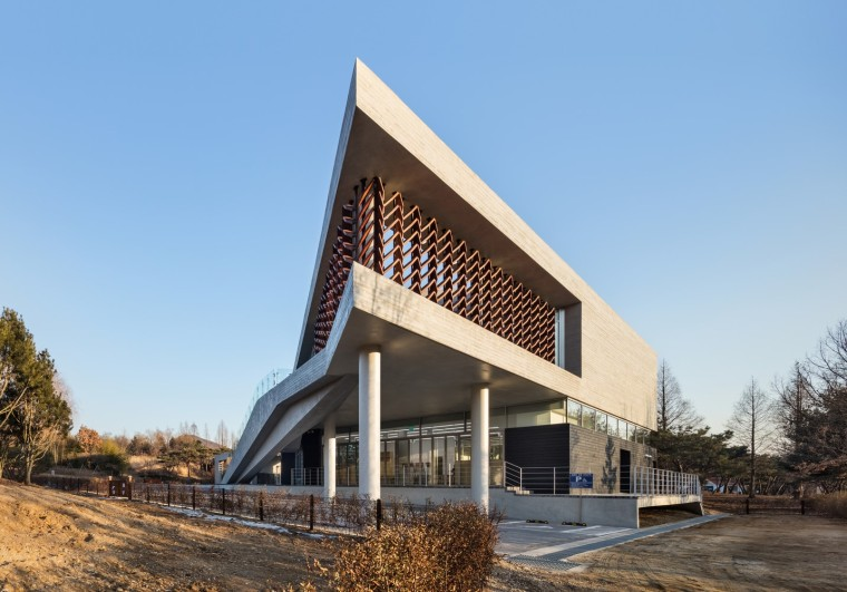 光影斑驳,影随风动:韩国木材博物馆