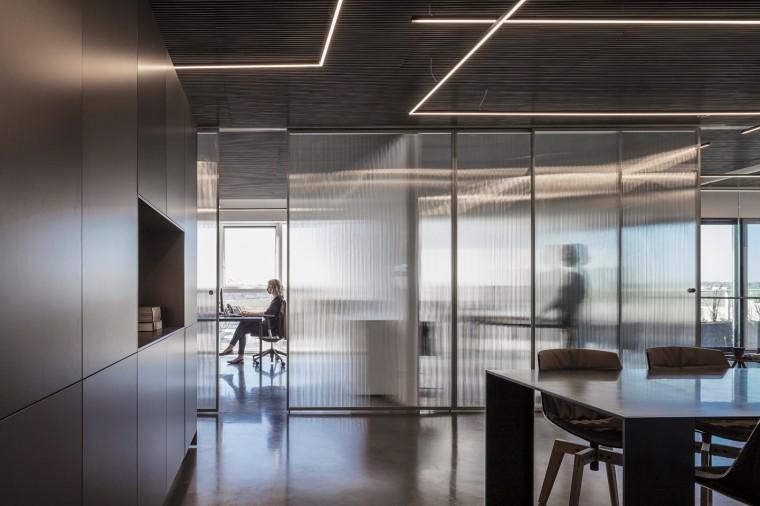 Basix灵活且动态的总部办公室-6